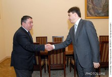 Փոխվարչապետն ընդունեց ՀՀ-ում Վրաստանի արտակարգ եւ լիազոր դեսպանին