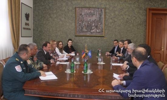 Встреча в МЧС Армении: обсуждена возможность применения беспилотников в сфере гуманитарного разминирования