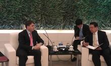 Встреча вице-премьер-министра РА с министром торговли КНР