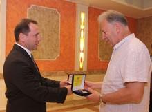 ՀՀ ԱԻ նախարարը պարգևատրեց «ԻԼ-76»-ի անձնակազմին
