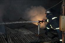 Փրկարարները մեկուսացրել են չբնակեցված տնակի տանիքում բռնկված հրդեհը