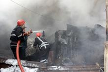 Փրկարարները մեկուսացրել են վագոն-տնակում բռնկված հրդեհը