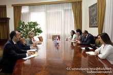Министр по ЧС РА принял международную делегацию Красного Креста