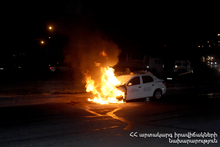 Car burnt: there were no casualties
