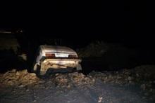 Փրկարարները դուրս են բերել փոսն ընկած ավտոմեքենան