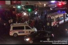 Наезд на улице Рубинянца: спасатели донесли пострадавшего до машины скорой помощи