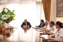 Minister met citizens