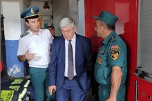 Feliks Tsolakyan visited Ani fire and rescue squad