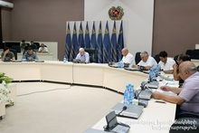 Feliks Tsolakyan convened special session of the Operative Working Group: a large-scale fire had broken out in Syunik Province