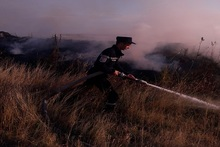 Firefighters extinguished fires broken out in grasslands with a total area of about 22 hectares