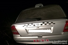 Car crashed into a concrete barrier on Gyumri-Yerevan highway