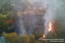 Пожар, вспыхнувший на участке Горис-Сисиан автодороги М-2, самоликвидировался