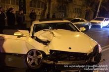 ДТП на перекрестке улиц Налбандяна и Московяна: есть пострадавшие