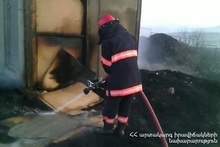 Fire in a non-operated wooden house: there were no casualties