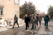 Министр по ЧС Феликс Цолакян посетил пожарно-спасательные отряды города Ереван