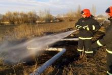 Пожарные-спасатели потушили пожары на травяных участках общей площадью около 34 га