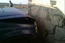 Ավտոմեքենան բախվել է կանգառի տաղավարին. կա տուժած