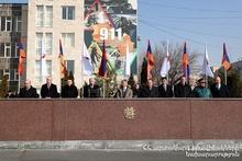 Япония подарила Армении 22 пожарных машин