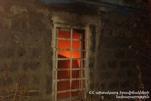 Fire broken out in Khnkoyan street blind alley was extinguished: there were no casualties
