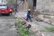 Спасатели демонтировали ослабленные камни