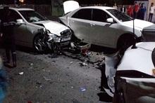 Цепная автомобильная авария возле аэропорта