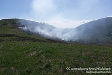 About five hectares of grassland burnt