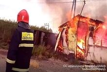 Сгорел вагон-дом: пострадавших нет