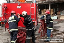 """The fire broken out in the building of """"Dzyunik Sarnaran"""" LLC was extinguished: the Minister of ES Feliqs Tsolakyan controlled the firefighting activities"""