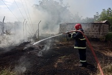 Firefighters extinguished fires broken out in grasslands with a total area of about 21.1 ha