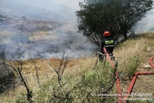 Пожар на административных участках села Аршалуйс