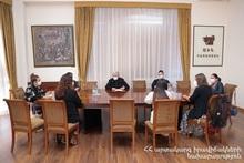 Феликс Цолакян принял представителей французских гуманитарных организаций