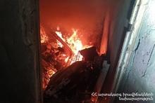 Пожарные-спасатели потушили пожар, вспыхнувший на улице Алабяна