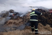 About 250 bales of hay burnt