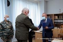Andranik Piloyan awarded the veterans of MES
