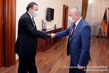 Министр по ЧС Андраник Пилоян принял чрезвычайного и полномочного посла Грузии в Армении Гиоргия Саганелидзе